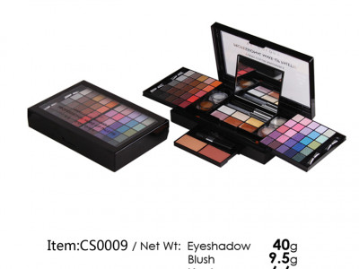CS0009 – Makeup set