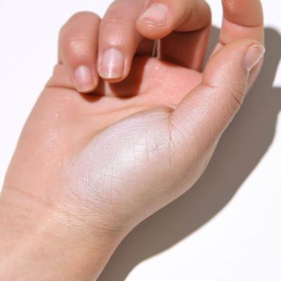 Private label cosmetics highlighter powder