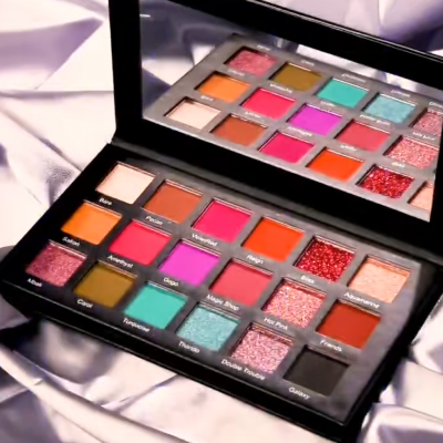 Private label cosmetics 18 color eyeshadow palette