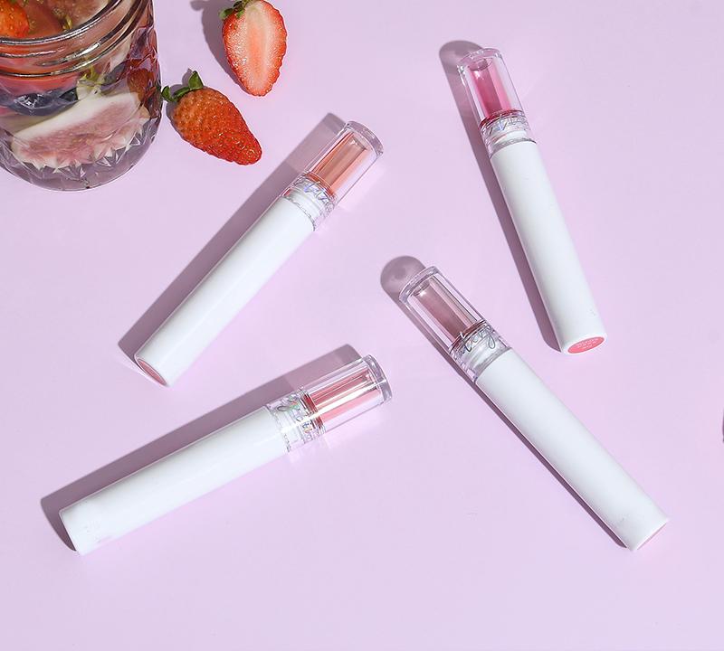 Vegan private label cosmetics (LIP GLOSS)
