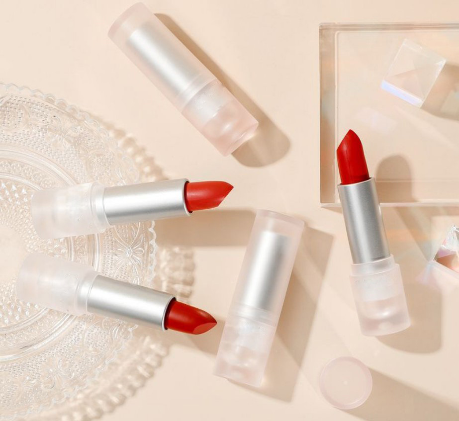 Lipstick - Private Label Manufacturers   LS0681
